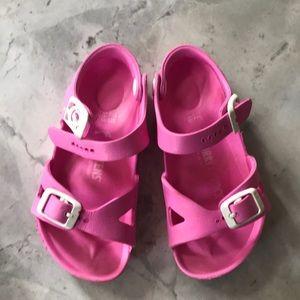 Kids pink sandal Birkenstock's Rio Essentials